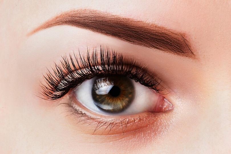 Do Eyelashes Grow Back? Info, Tips and Tricks | Women's ...